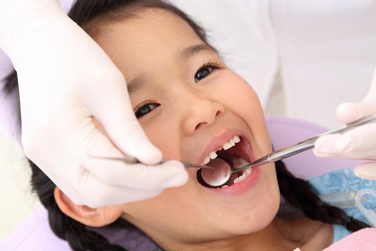 子供の矯正(第一期治療 6~9歳頃の混合歯列期)