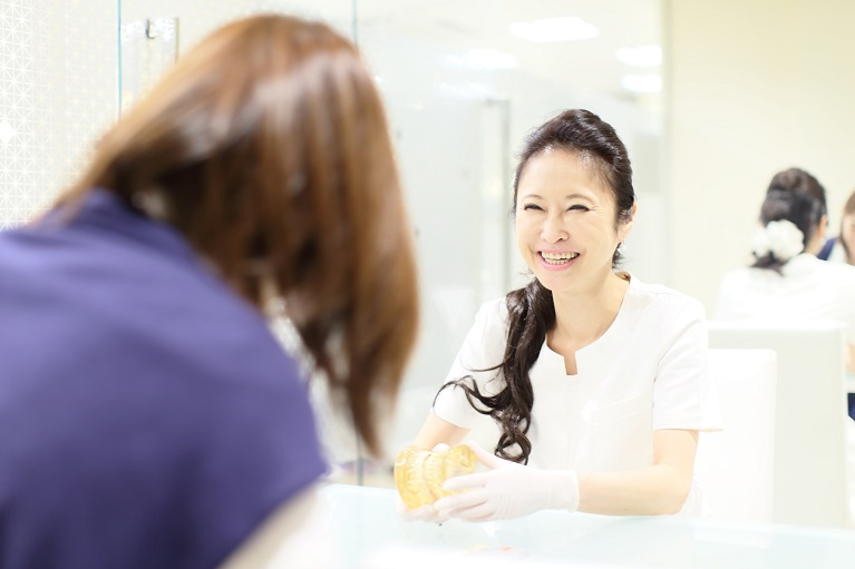 インプラントの治療の流れ